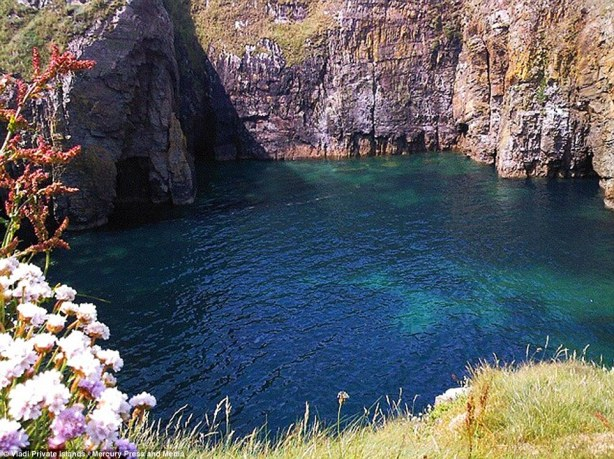 94 acre Irish Island for sale - cheap - but you can only reach it in good weather or by helicopter2