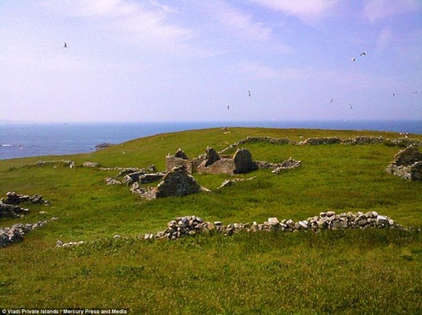 94 acre Irish Island for sale - cheap - but you can only reach it in good weather or by helicopter5